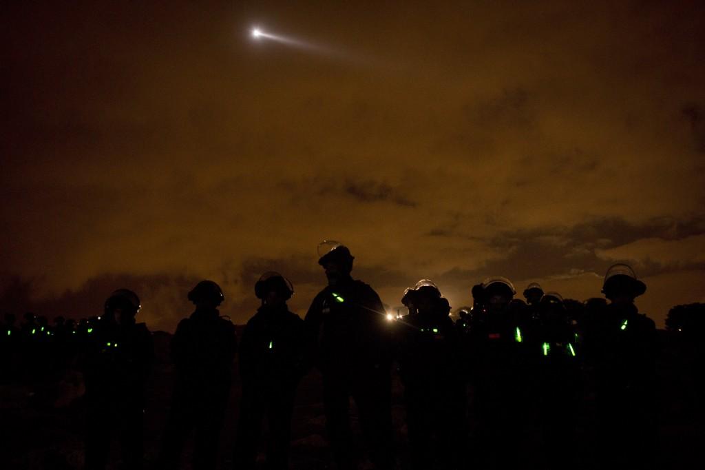 Intervention de la police israélienne à Bab al-Shams.